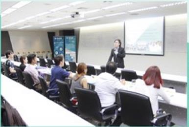 """曼谷大学创业与商业管理学院举办""""MME 2016迎新日""""活动"""