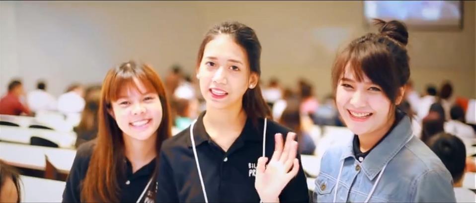 曼谷大学双语授课专业新生活动掠影