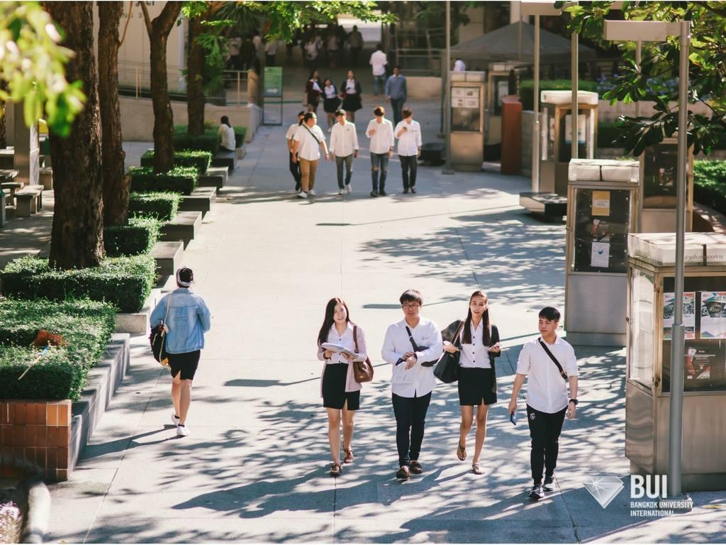 【泰国留学】2017年曼谷大学本科各学院专业一览表