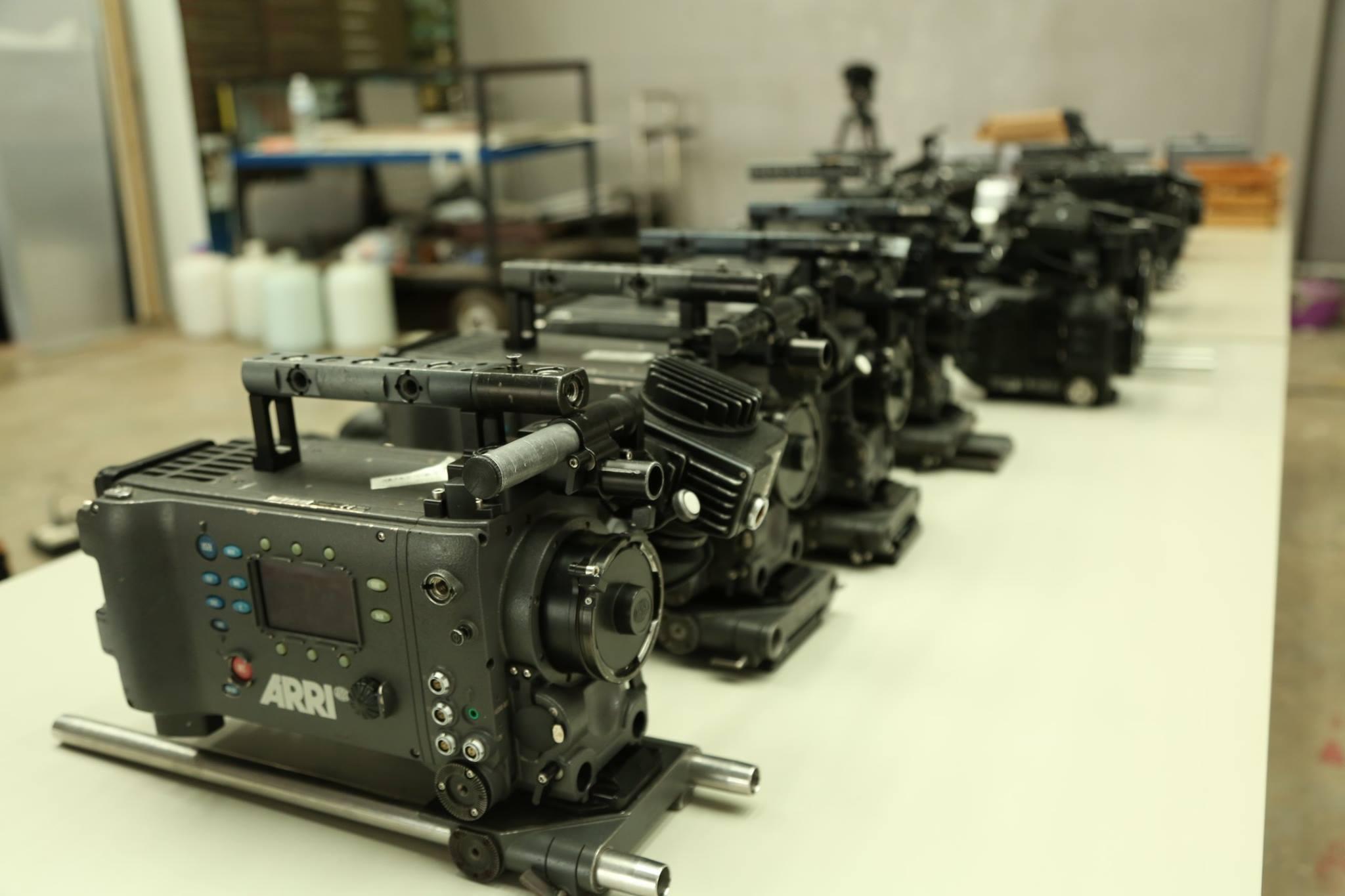 【学在曼大】数字传媒和电影艺术学院影视器材清洁日