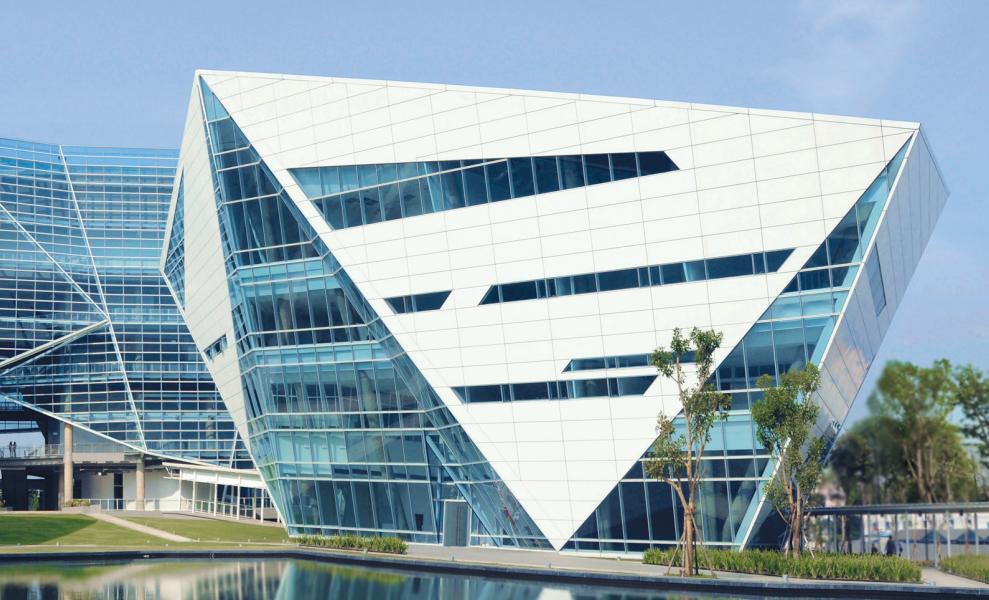 【曼大小知识】知道曼谷大学钻石大楼是谁设计的吗?
