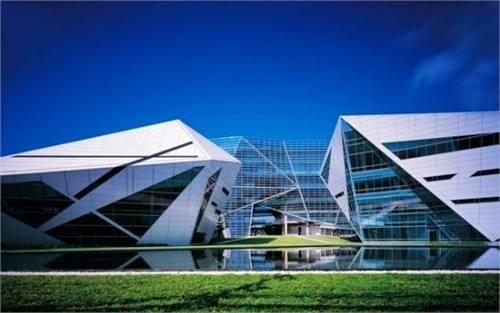泰国曼谷大学2020-2021年本科和硕士留学生招生时间