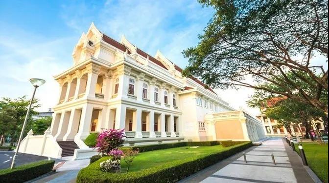 去泰国朱拉隆功大学留学一年生活费大概多少钱?