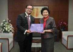 马年新春 曼谷大学中国办事处成立5周年